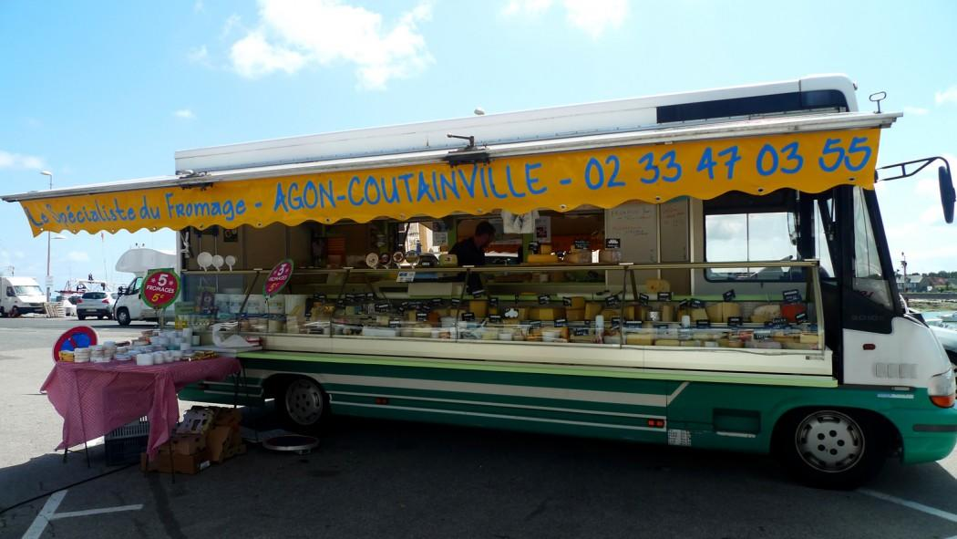 agon-coutainville-specialiste-du-fromage (1)