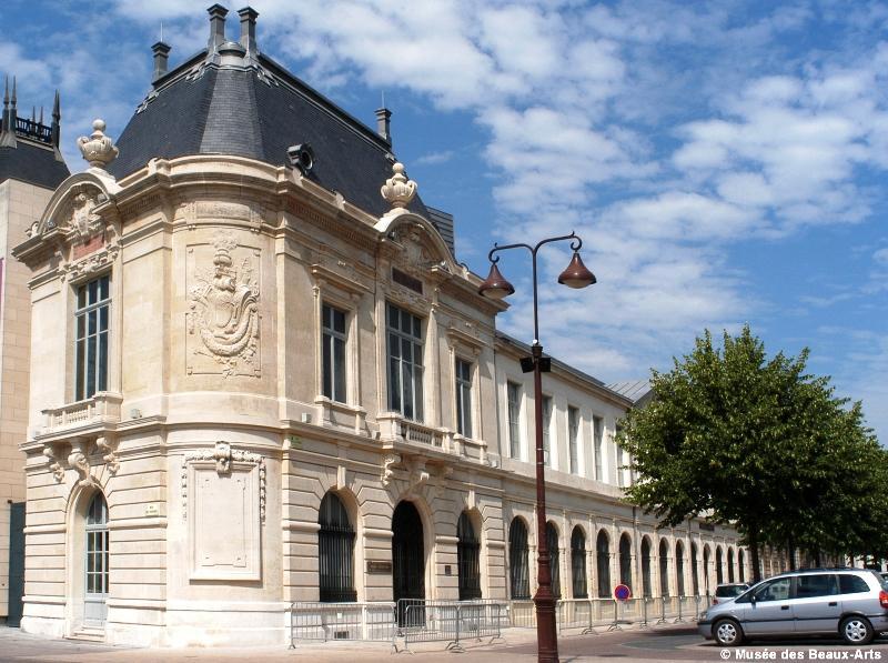 musee-des-beaux-arts-chalons-exterieur