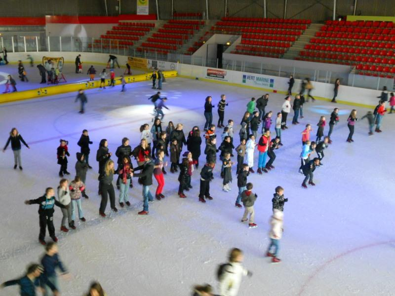 patinoire-chalons-cites-glace