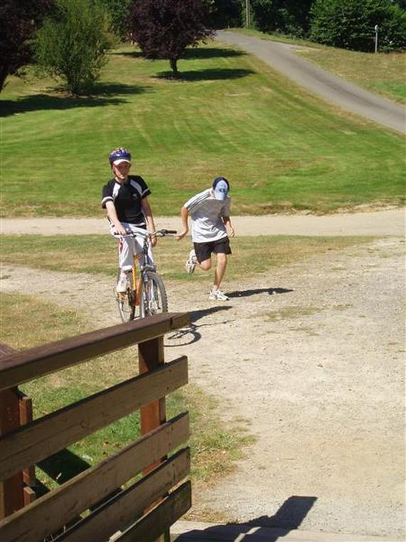 run-and-bike-au-parc-de-loisirs-de-la-colmont-gorron-53-asc-1