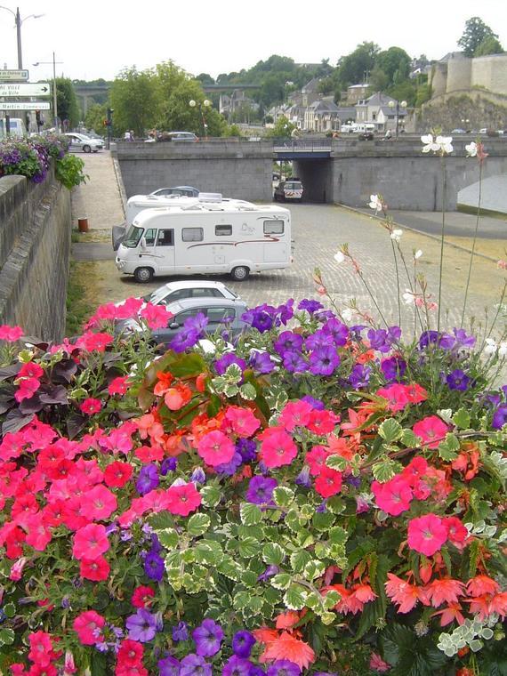 stationnementcampingcars-mayenne-53