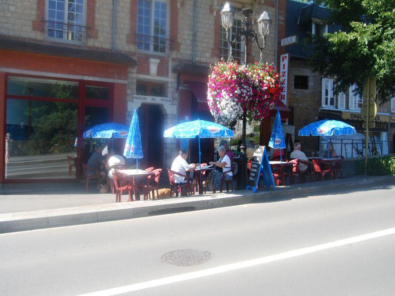 restaurant-la-main-a-la-pate-bagnoles-de-l-orne