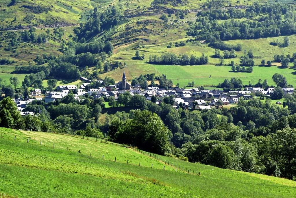 Le village d'Azet