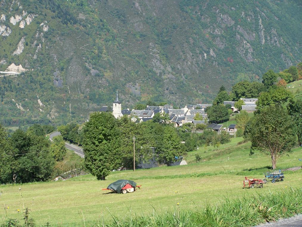 Le village d'Estensan