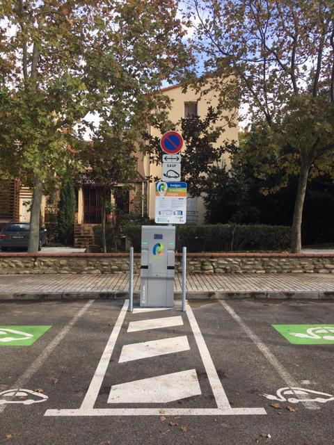 Borne de recharge véhicule éllectrique
