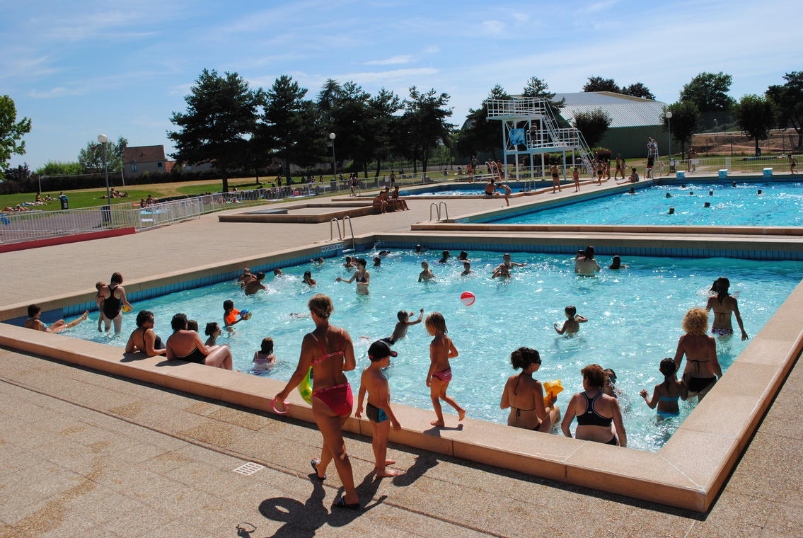 Piscine-Sanvignes--Service-communication-mairie-de-Sanvignes
