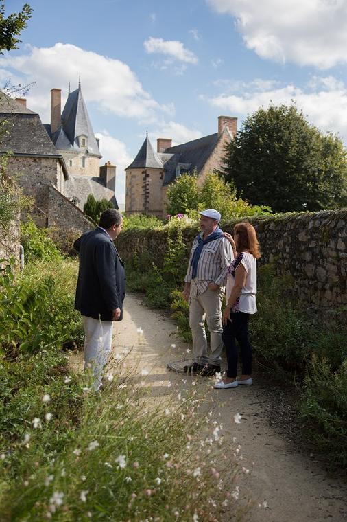 FMA53 - Visite commentée de la cité - Amis de Sainte-Suzanne