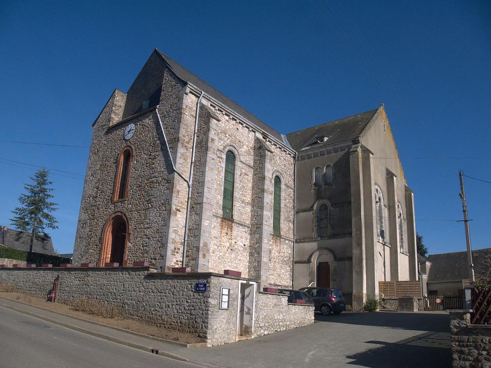 PCU53-Voutré_église_vue_de_l'extérieur