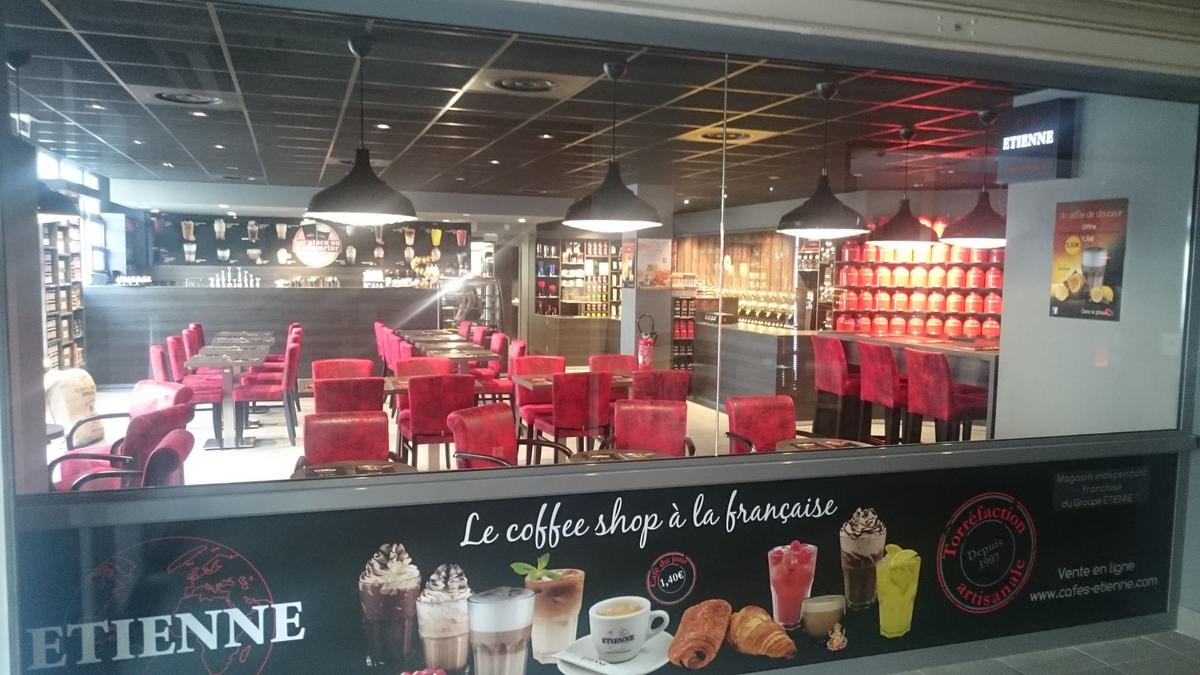 cafe-etienne-laval