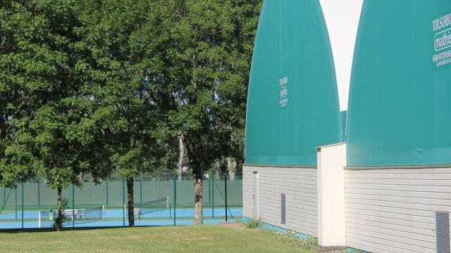 courts de tennisEvron