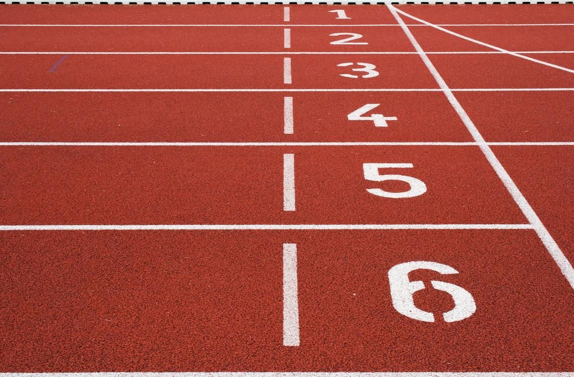 track-and-field-1867053_1920