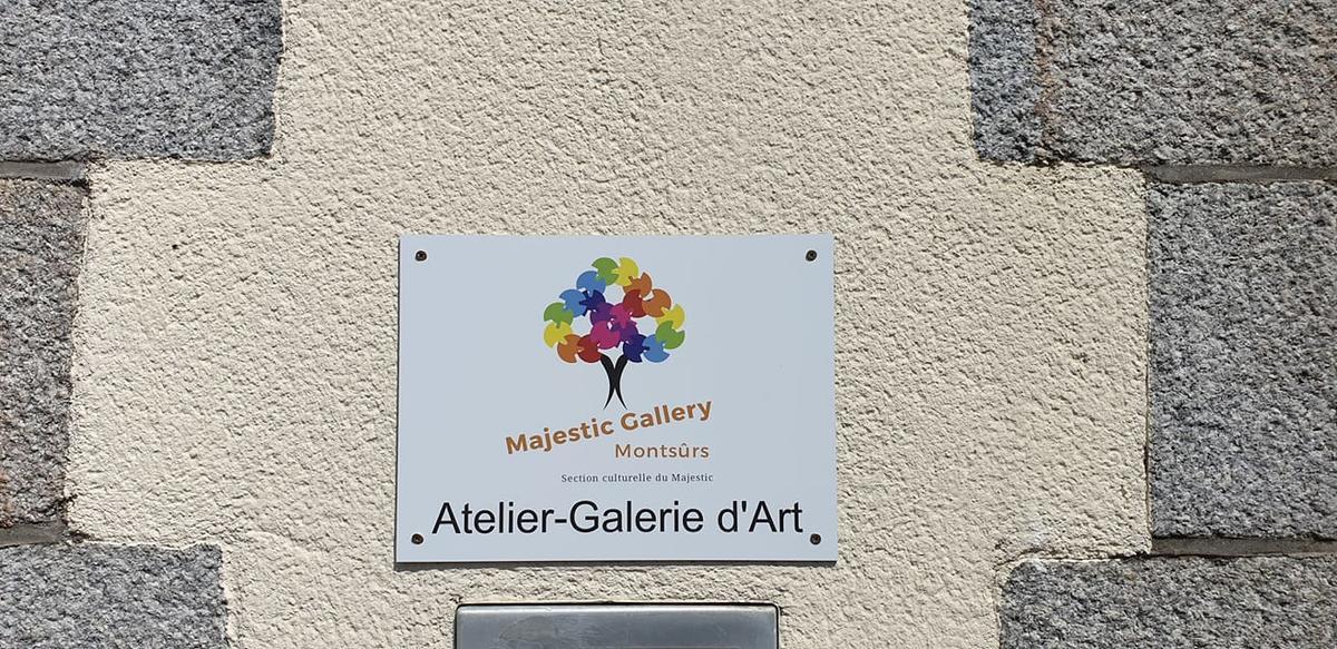 Majestic Gallery à Montsûrs