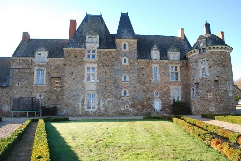 chateau-du-hardas-louvaines-49-pcu