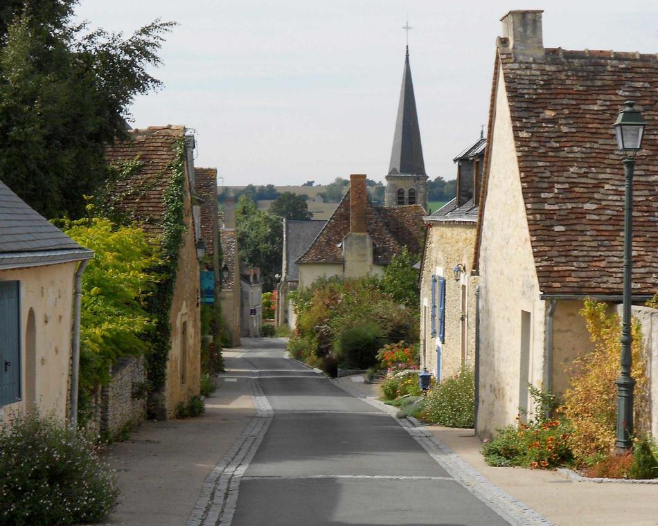 Rue de l'église Maigné