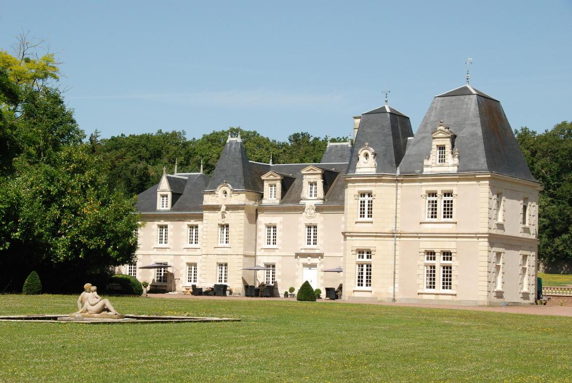 02_Château de Jalnay.jpg_1