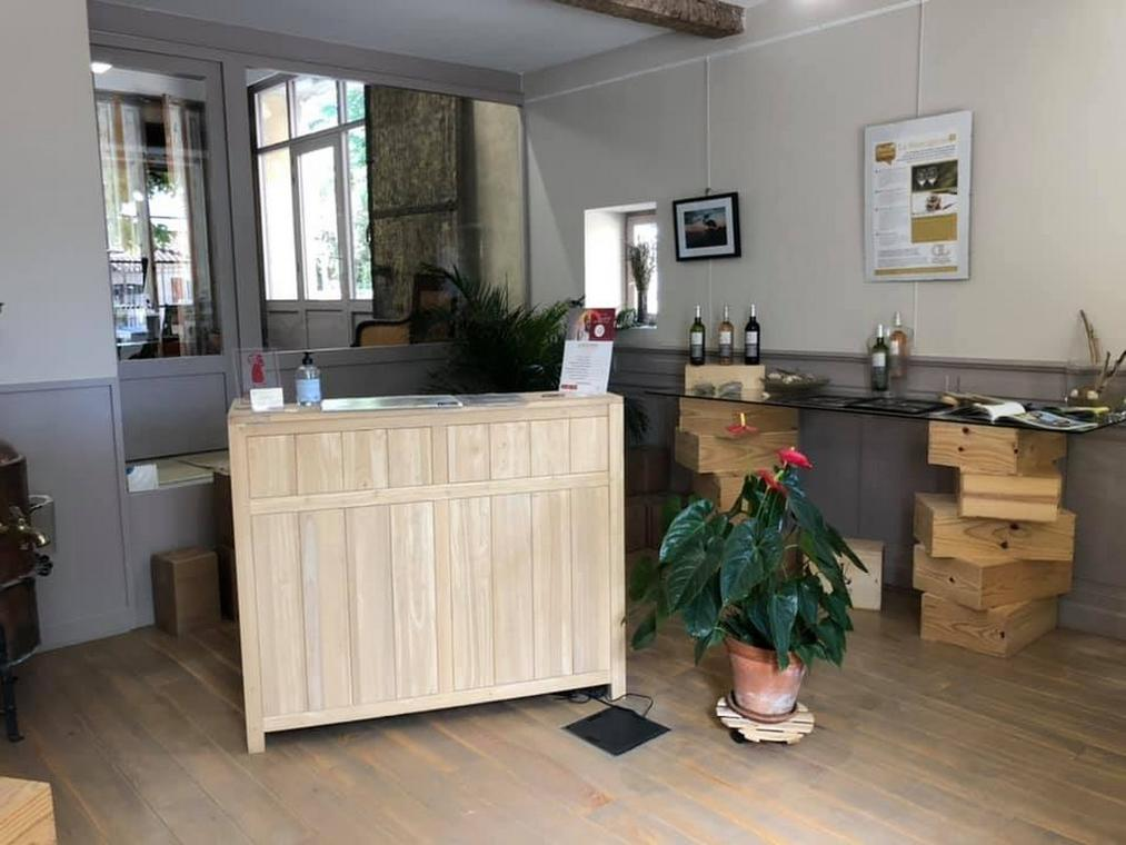 DOMAINE LALAURIE
