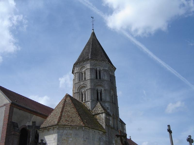 Eglise de Tordouet-tour romane