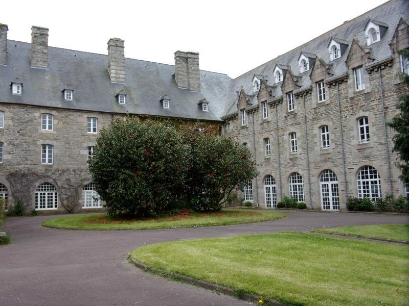 7 - Rive gauche - Le monastère Sainte Anne (002)