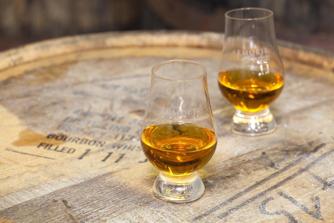 Distillerie-Warenghem-degustation-515cc33f2adf4e72be6ae1ad13711a78