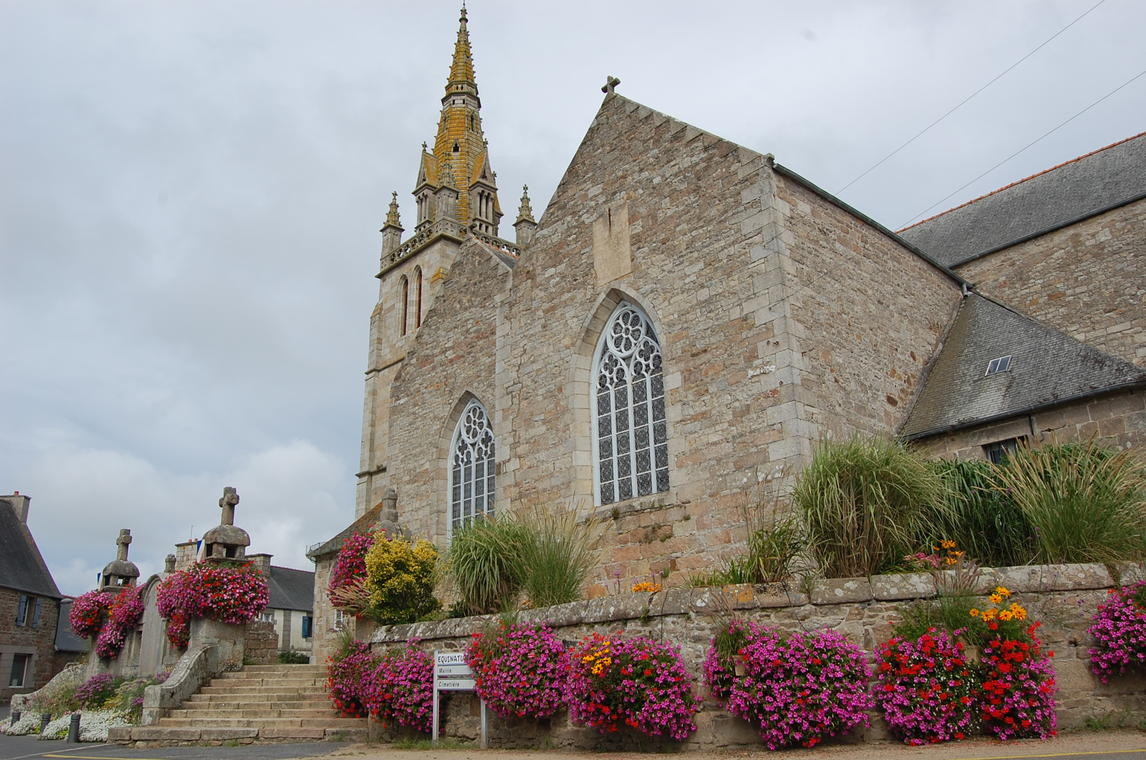 Eglise_Saint-Pierre_Pleumeur-Bodou