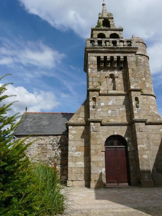 Eglise St Pierre Coatreven