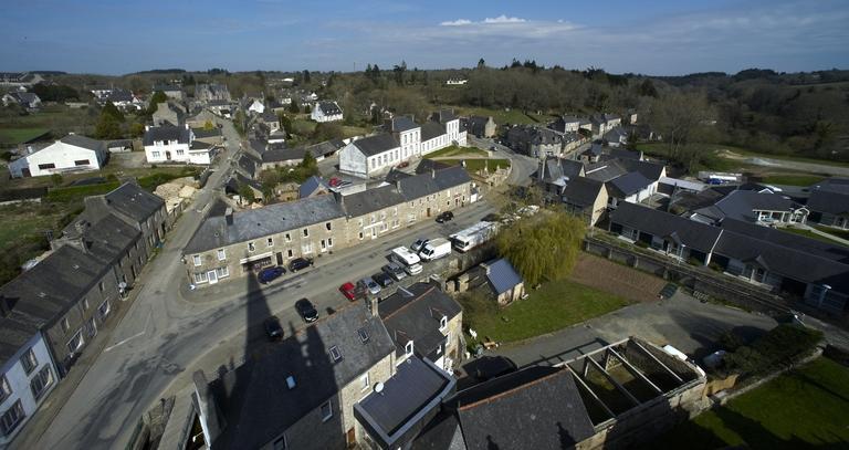 Loguivy-Plougras-Le bourg 2 ©B. Bègne-Région Bretagne