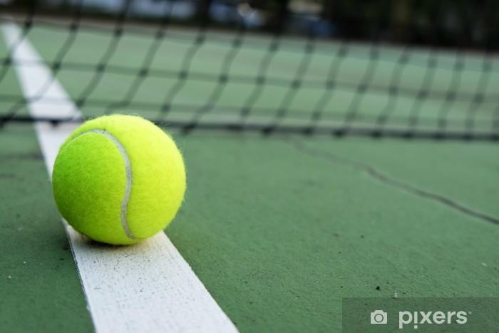papiers-peints-balle-de-tennis-sur-le-court.jpg