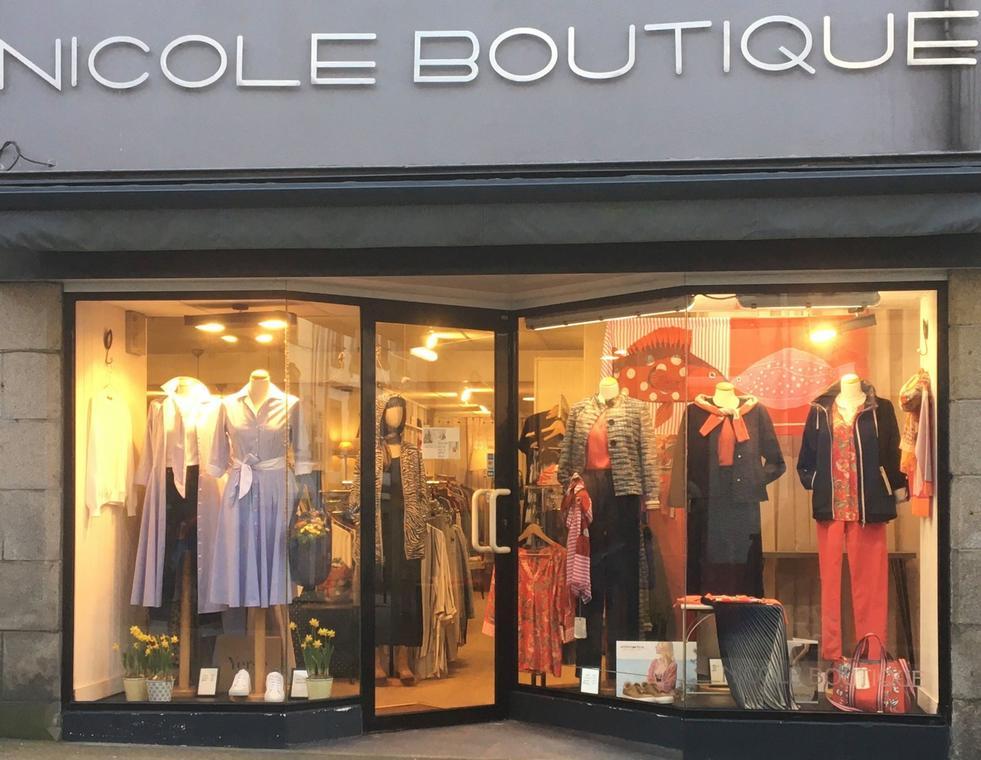 vitrine nicole boutique