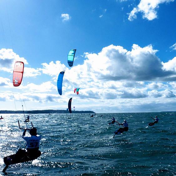 AOU skc race kitefoil