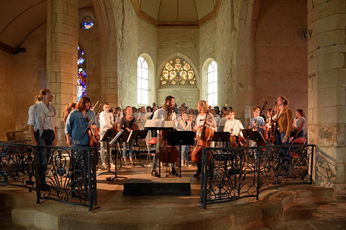 Concert à l'église de Plouguer