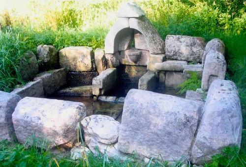 fontaine St Jean Plounérin