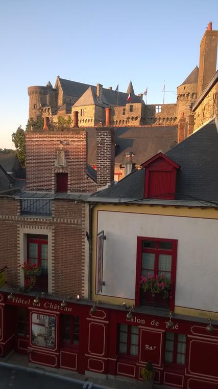1 © Hôtel du Château