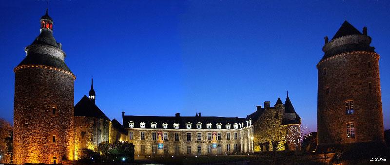 Châteaugiron, le château de nuit