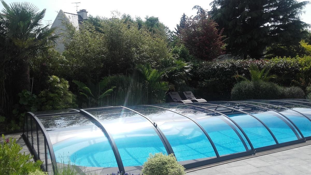 Chambre-d-hotel-Andalia-House-Dinard-piscine