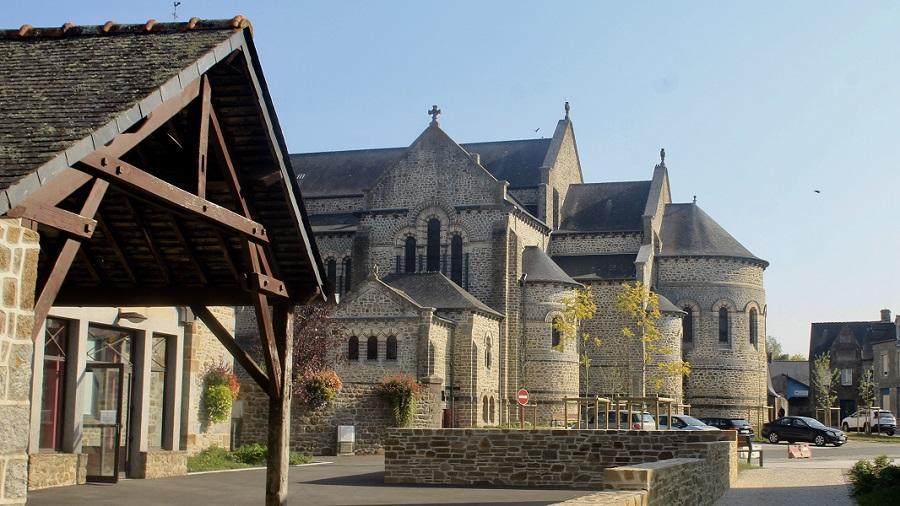Eglise de Saint-Etienne-en-Coglès © Mairie de Maen Roch