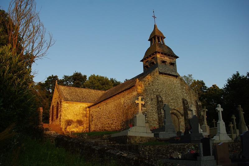 Eglise-du-Tiercent-au-crepusucle