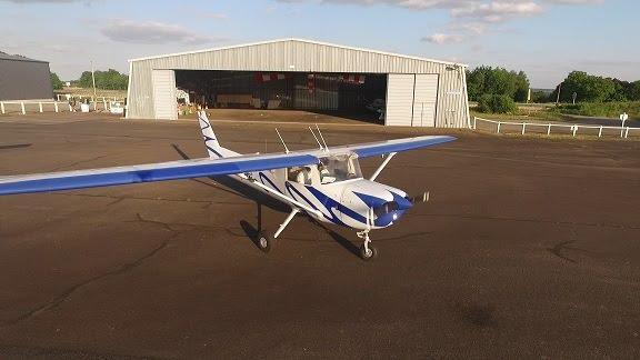 Avion école Cessna 150