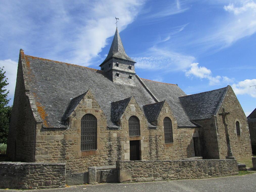 Les deux églises de Saint-Lunaire