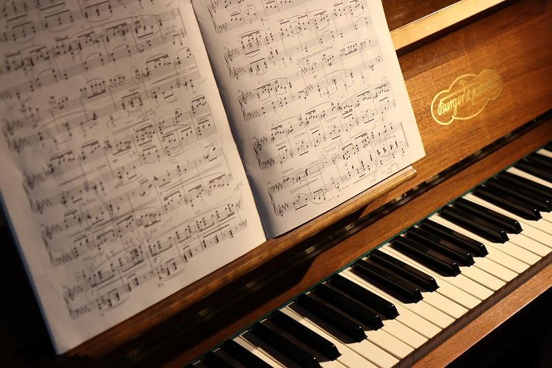Piano © Lorenzo Spoleti - Unsplash