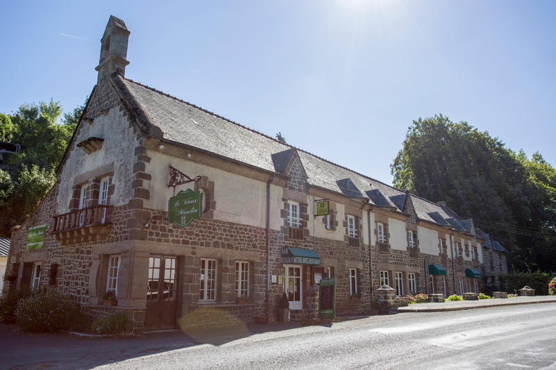 Hostellerie du Vieux moulin à Hédé-Bazouges