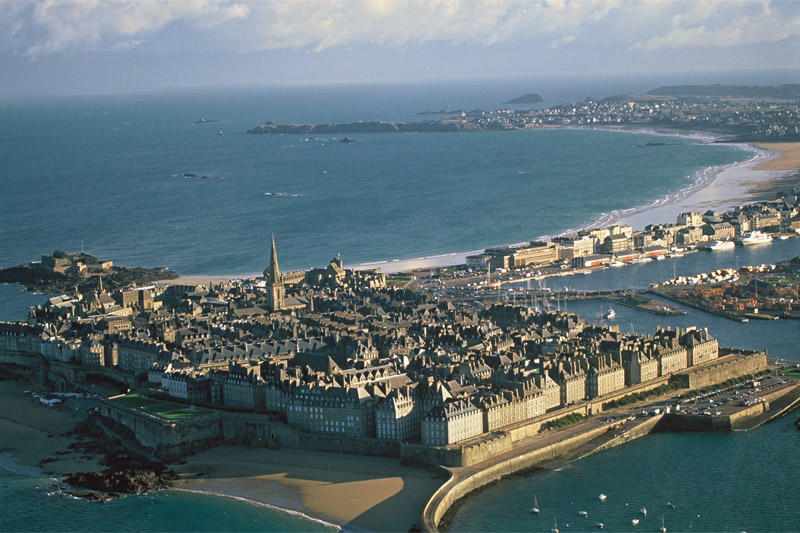 Vue aérienne de Saint Malo