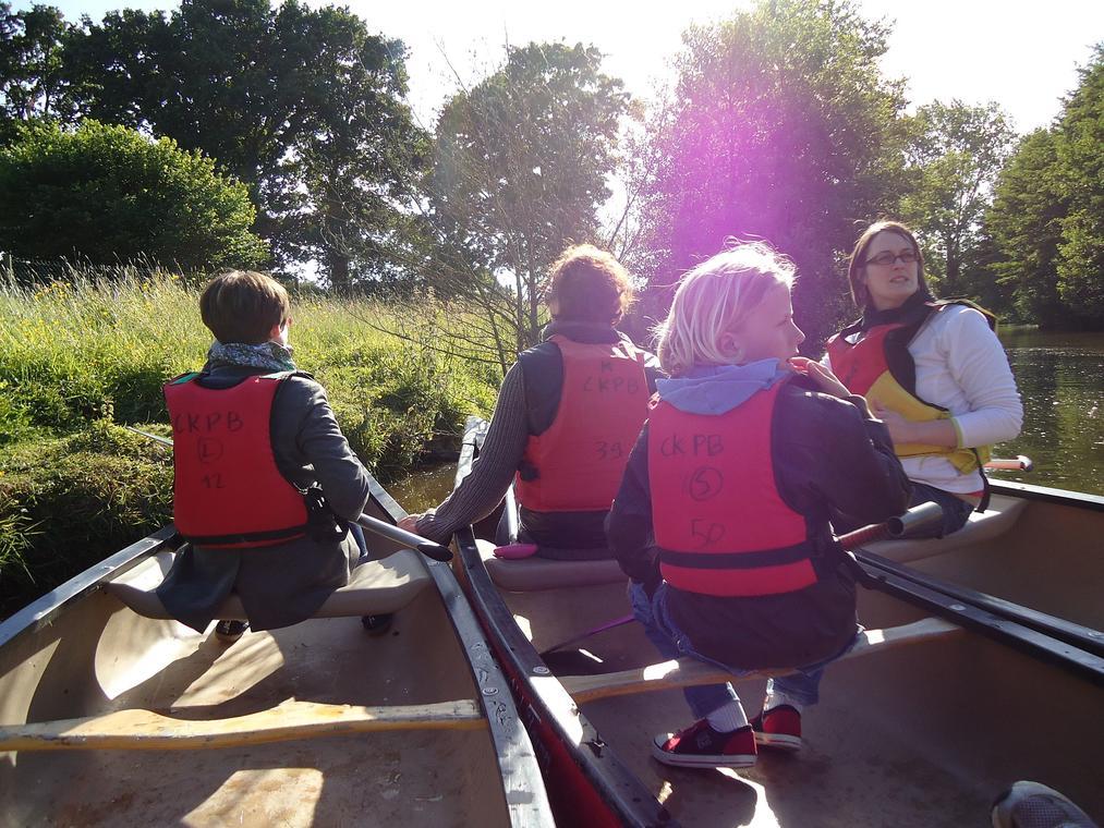 Visite guidée en canoë kayak de Montfort sur Meu