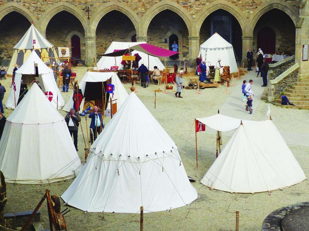 ambiance médiévale chateau vitré 31 juillet au 1er aout