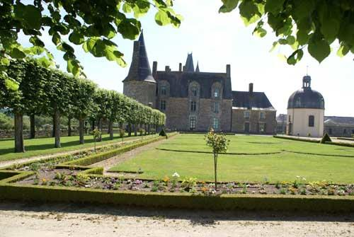 chateau-rochers-sevigne-vitre1
