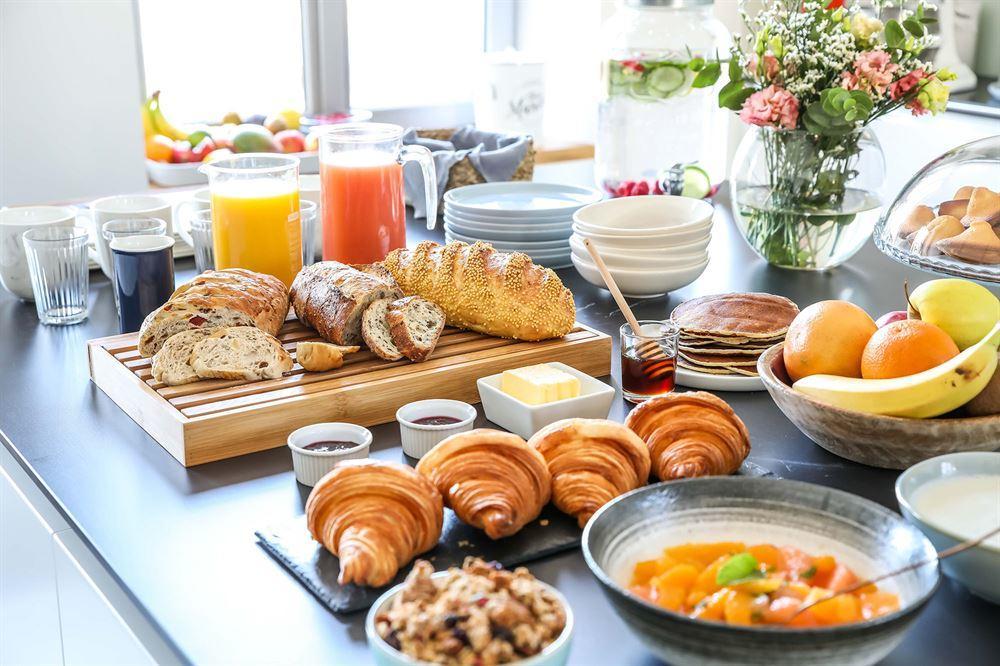 la-madeleine-du-chatelet-redon-buffet-7919
