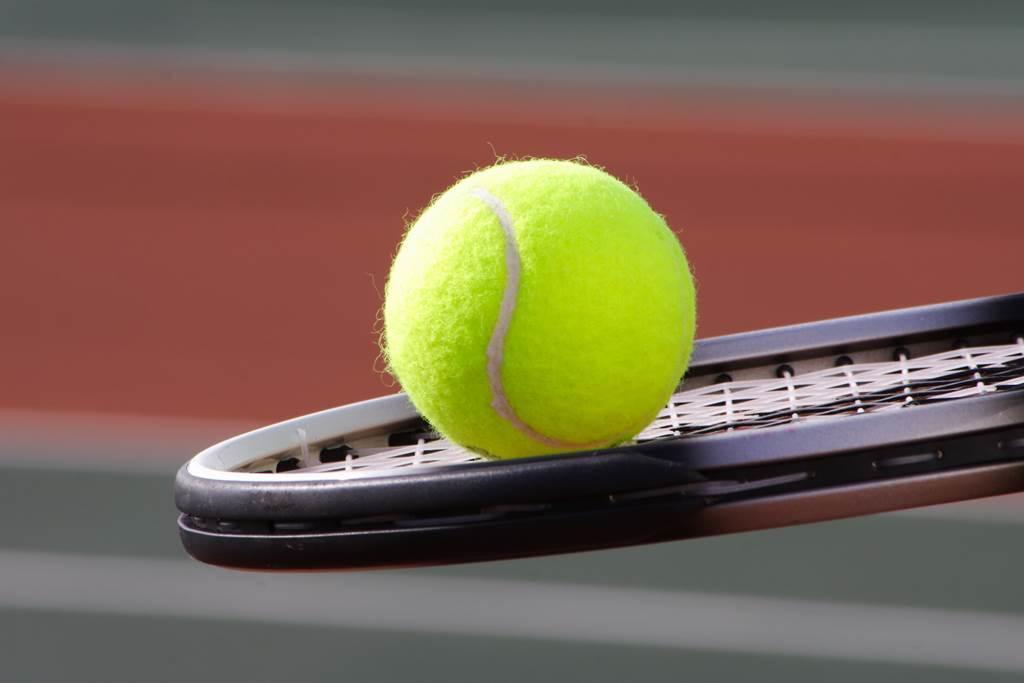 Tennis à Les Caannes