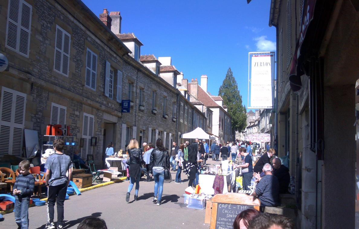 Vide-greniers de Vézelay