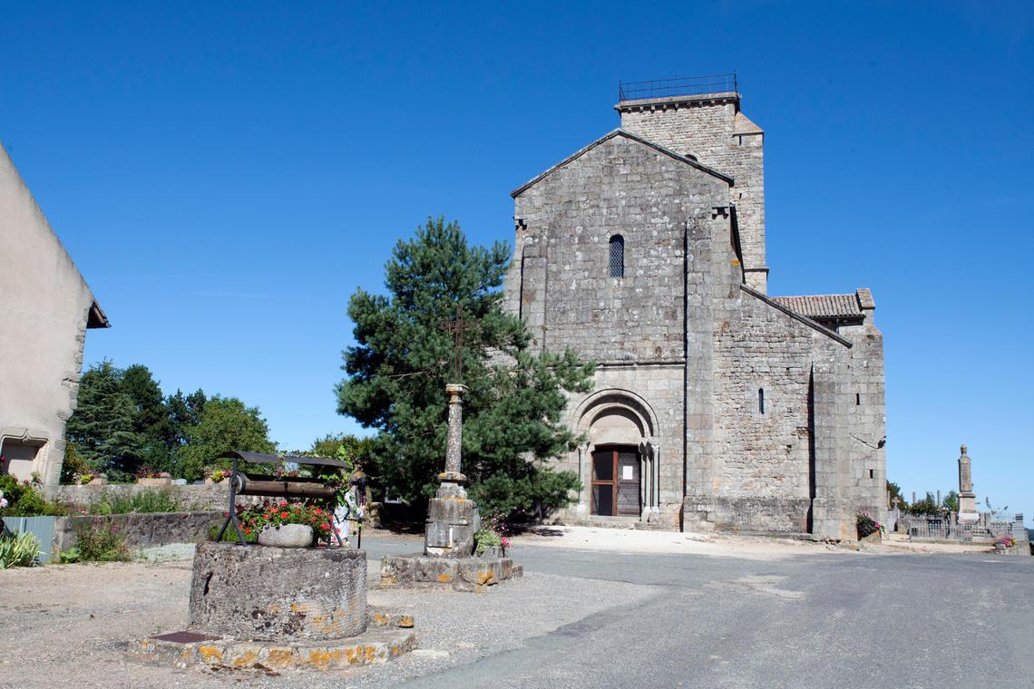 Église de Gourdon, extérieur
