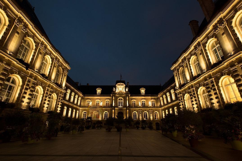Hôtel de Ville_nuit_Amiens_HDF
