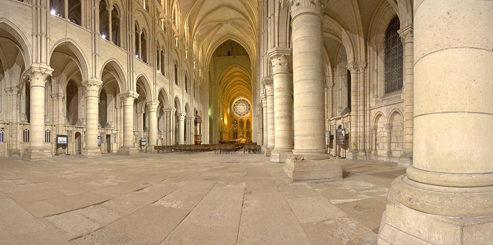 Cathédrale nef intérieure III < Laon < Aisne < Picardie